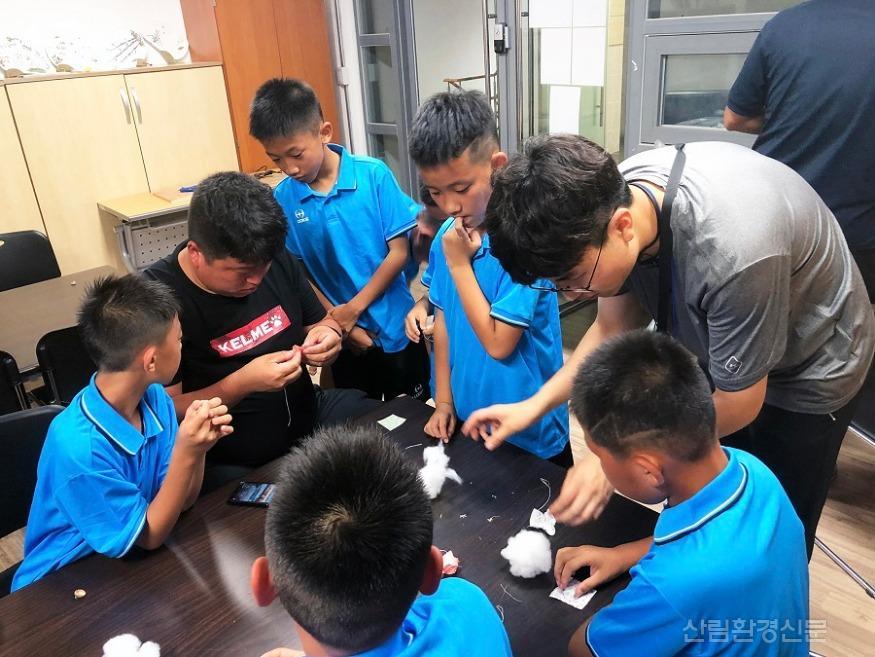 (사진) 동아시아 유소년축구단 프로그램2.jpg