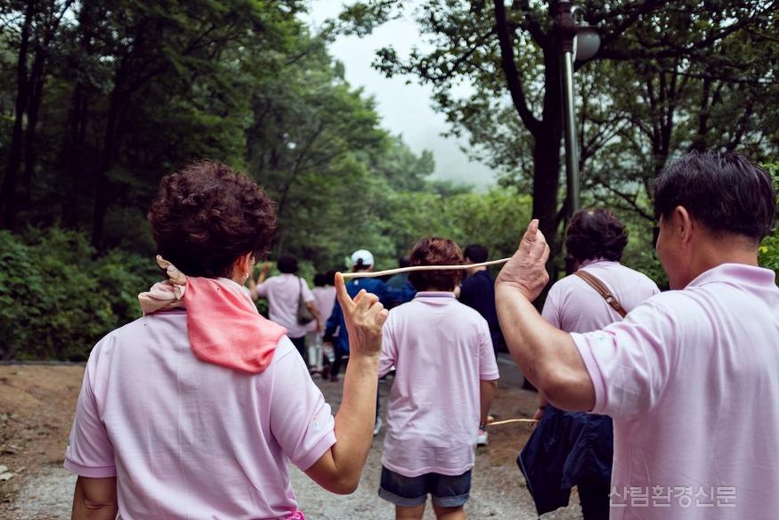 사진3_국립장성숲체원+가족+프로그램.jpg