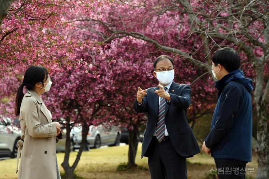 사진3_만보동행_정부대전청사.JPG
