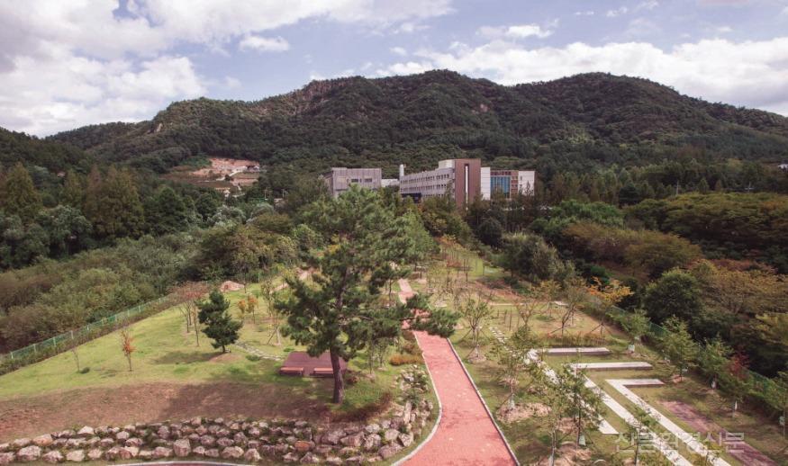 (사진1) 나주이화학교 복지시설나눔숲.jpg